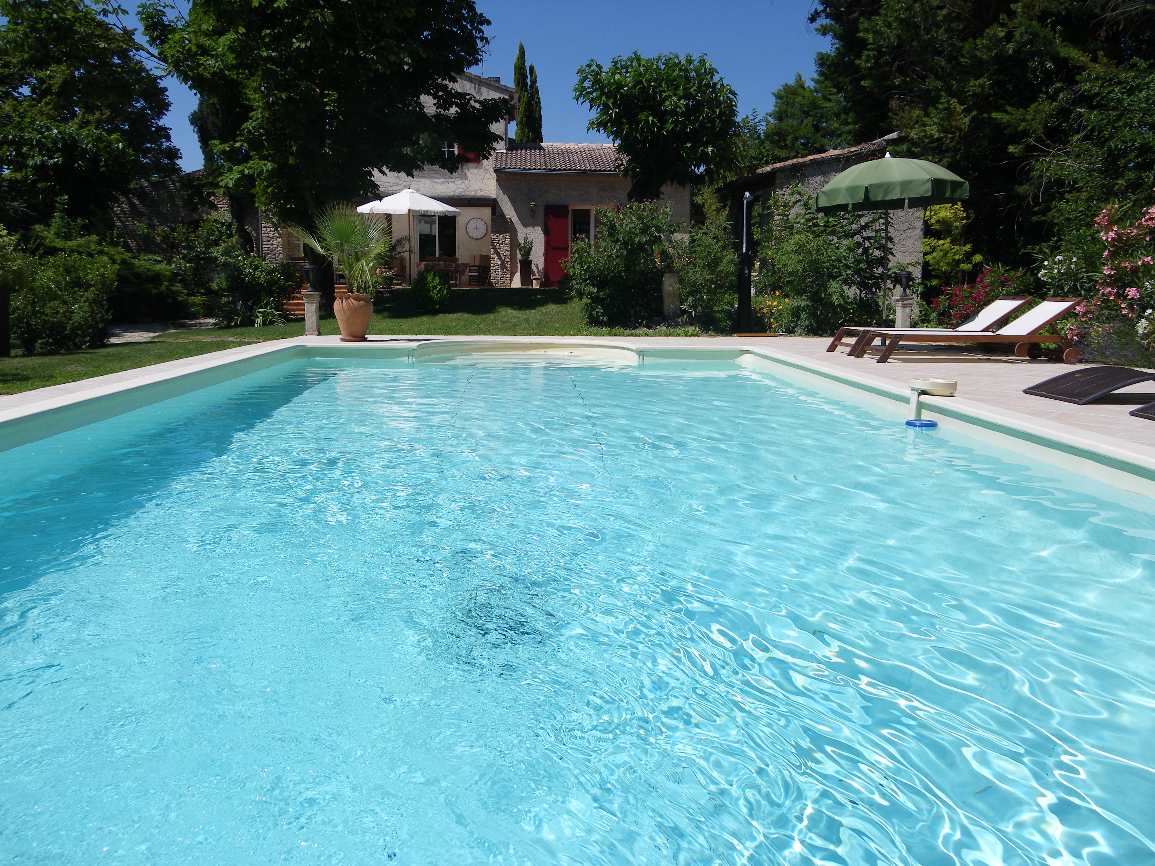 B&B piscine Velleron Vaucluse
